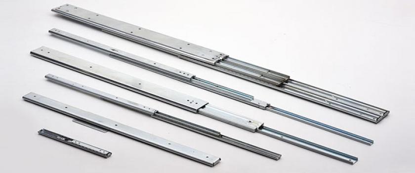 Fabricant de glissières télescopiques industrielles et de rails de guidage linéaire
