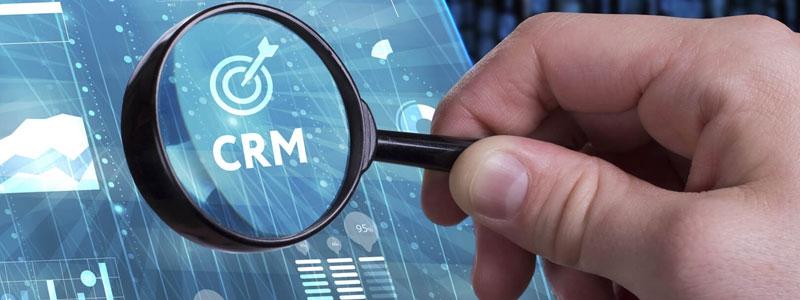Solutions logicielles CRM pour le secteur industriel